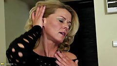 Amazing Mother Fingering Her Thirsty Holes Stream XXX Porn Tube Video Image